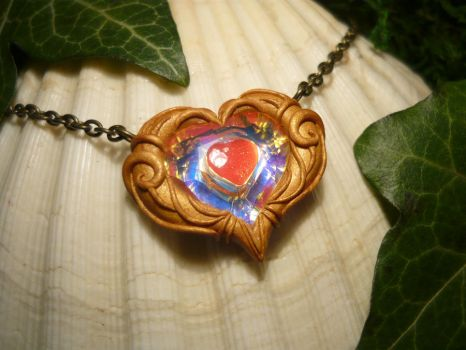 Zelda Heartcontainer - handmade Necklace by Ganjamira