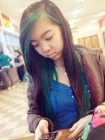 TEXTING IN THE CAF! by IshLinny