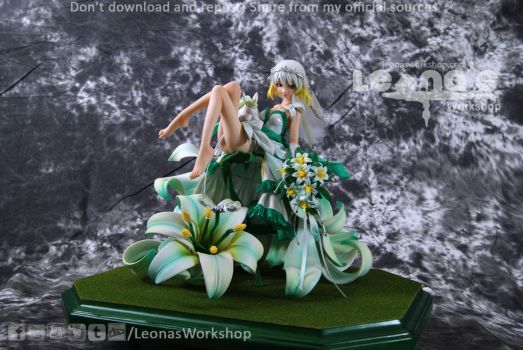 Madonna Lily Resin Figure by LeonasWorkshop