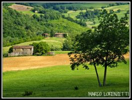 APIRO (MC) - CORNER IN A COUNTRYSIDE by MarcoLorenzetti
