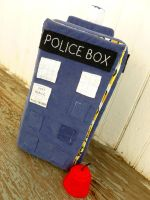 Tardis and mini-Fez by greenchylde