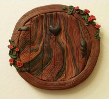 Round Heart + Roses Fairy Door by FlyingFrogCreations