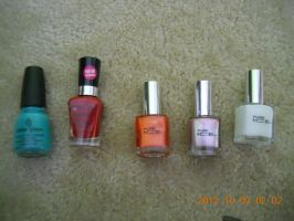 NAIL POLISHES!!!! WHOOOO HOOOOO!! :p by Monipanesiu