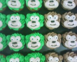 monkey cup cakes by nlpassions