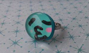 Bauble Ring: Kawaii Kissy Face by Gynecology