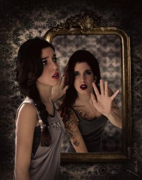Through the looking glass by Luciis2