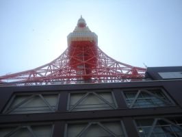 Tokyo Tower by LoodleLoodle