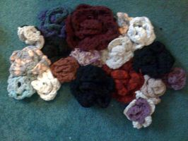 Rose Rug made from T-shirt Yarn (ongoing project) by lovechairmanmeow