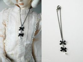 Double Bow Charm Necklace SD by kyusai