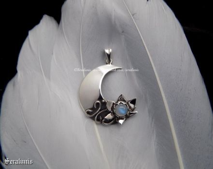 'Moon flower', handmade sterling silver pendant by seralune