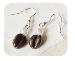 coffee bean earrings by BadgersBakery