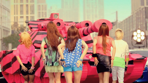 [GIF] #4yearswithfx: f(Hot Summer) Era by imawesomeee03