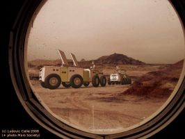 Mars rovers leaving the base by Ludo38