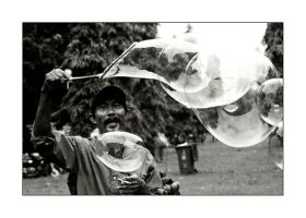 Mr. Bubble by dkaprabowo