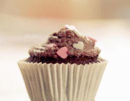 11.52 - Chocolate Chip Cupcake by MadSubstance
