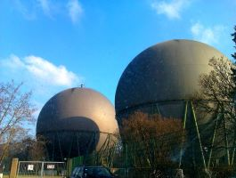 Gas tanks. Or Spacecrafts? by ReloC3