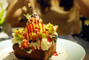 Fruit ice cream toast by reiime