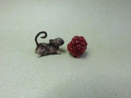 miniature ooak mouse by squizzy7o7