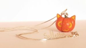 Pumpkin Kitten Necklace by Sellesion
