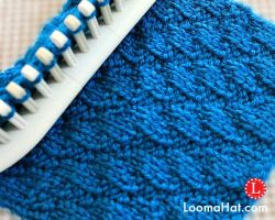 Loom Knitting Stitches: Diagonal Stitch by LoomaHat