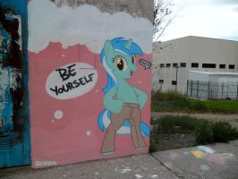 Be Yourself - Lyra Graffiti by ShinodaGE