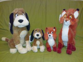 Adult and junior Fox and Hound plush by Frieda15