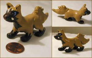 Shiny Poochyena Figure by LeiliaClay