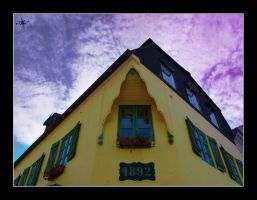 a house by cradeloso
