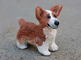 Pembroke Welsh Corgi Sculpt by painted-flamingo