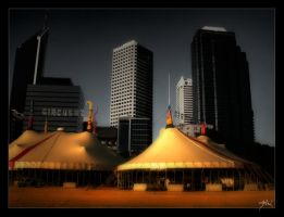 Circus Oz by thomasdelonge
