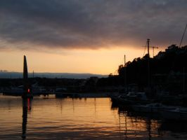 Twilight in Torquay by Cszemis