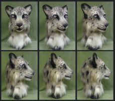 Snow Leopard Turnaround by Eddie-Ka