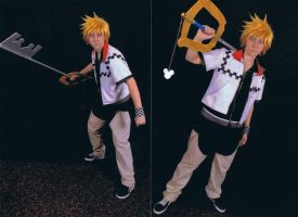 Roxas Cosplay from Naru2u 2010 by ElectricVISUALS
