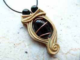 PENDANT WITH ONYX by MassoGeppetto