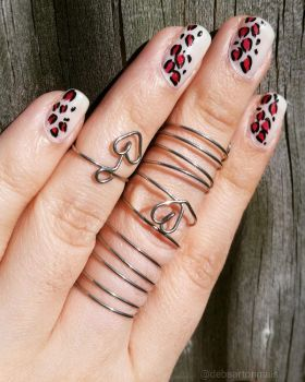 Leopard Print Nails with Wire Jewelry by redrosenava