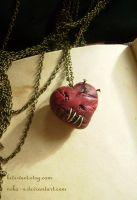 Scar Heart Necklace by Nika-N