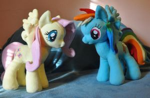 Side by side by StitchCometCreations