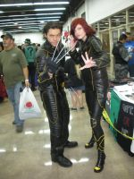 Cosplay: Wolverine + Jean Gray by 15marbles