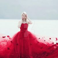 Red fashion I by thefirebomb