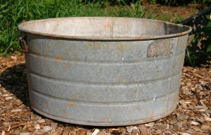 Galvanized Tub 001 by poeticthnkr