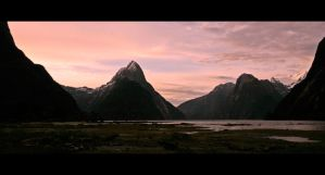 Milford Sound in New Zealand by Thrill-Seeker