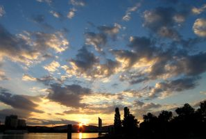 Sunset in Vienna by siskin