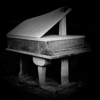 Thornton's Piano, Highgate Cemetery by TheThirdFate