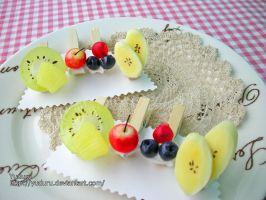 Fruits on wooden clips by rriee