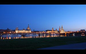 WP - Dresden at Twilight by skymax2k