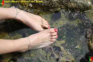 Wet Feet 4 by Footografo