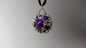 Caged chainmaille purple D9 by LepidusPlasmatio