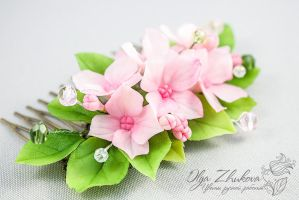 Comb hair with flowers of hydrangeas by polyflowers
