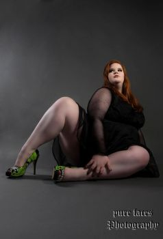 BBW Fashion with Hot Heels by KuLLerMieTze