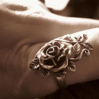 Rose Ring by blackblood2010